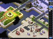 Command & Conquer: Red Alert 2 4